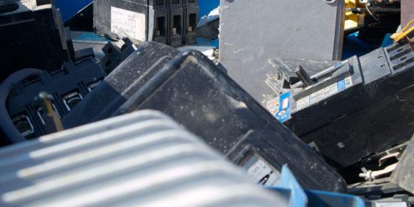 raccolta-rifiuti-elettronici_003_