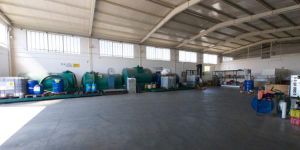 stoccaggio-rifiuti-speciali-020