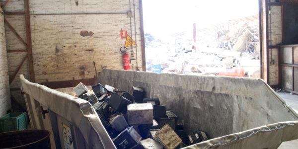 stoccaggio-rifiuti-speciali-022